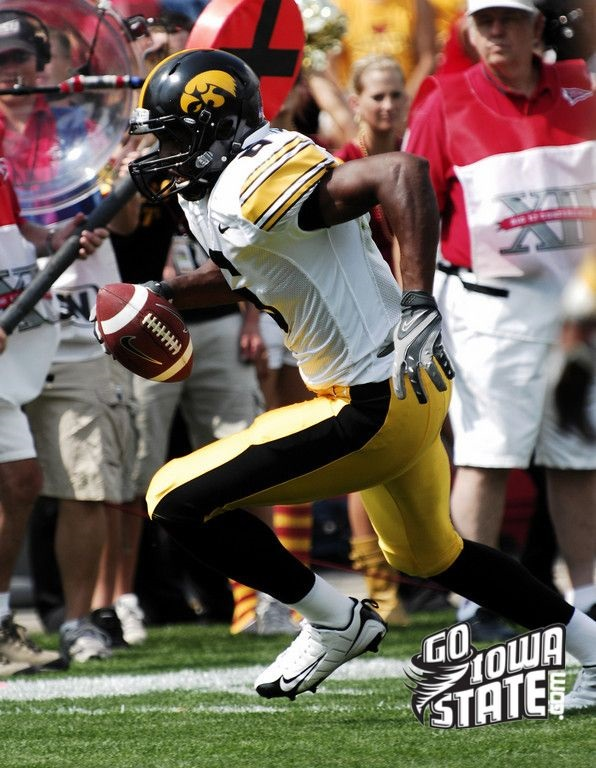 No-Huddle Series: Iowa WR Keenan Davis