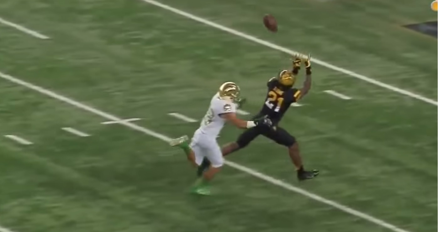 Tipping Their Hand: WRs Jaelen Strong and Ty Montgomery